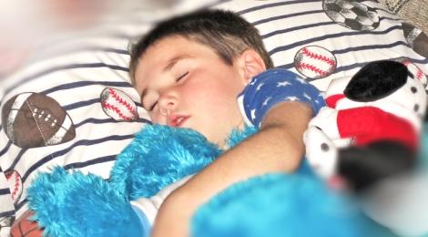 spící kluk